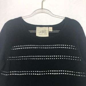 Anthropologie Sweaters - EUC Angel Of The North Black Layer Dovie Pullover